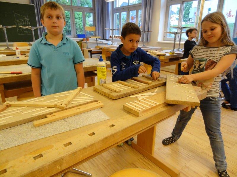 Schüler Arbeiten Mit Holz Vs Pergkirchen